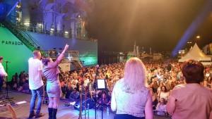 Havenfestival decor en publiek